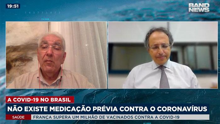 A imagem está com a tela divida em duas partes. Do lado esquerdo, está o Dr. Salim e do lado direito, o Dr. Esper Kallas.