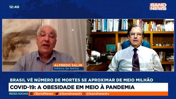 A imagem mostra uma tela dividida ao meio. Do lado esquerdo está o Dr. Salim e do lado direito o Dr. José Antônio.